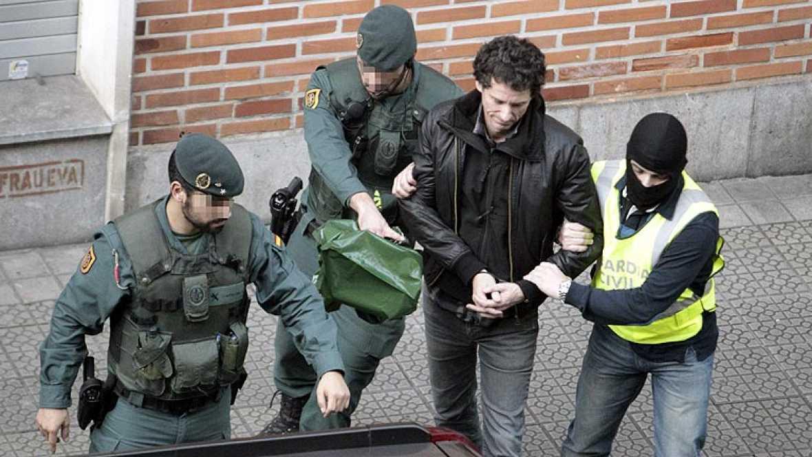 Golpe a los interlocutores de los presos etarras con ocho detenidos