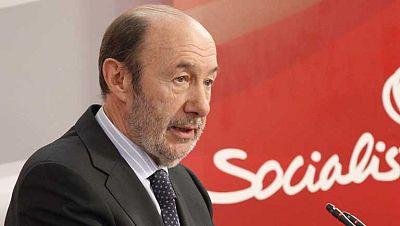 Rubalcaba advierte de la necesidad de frenar las políticas de recortes del Gobierno de Rajoy