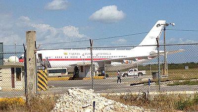 El príncipe retrasa su viaje a Honduras tras una avería en su avión