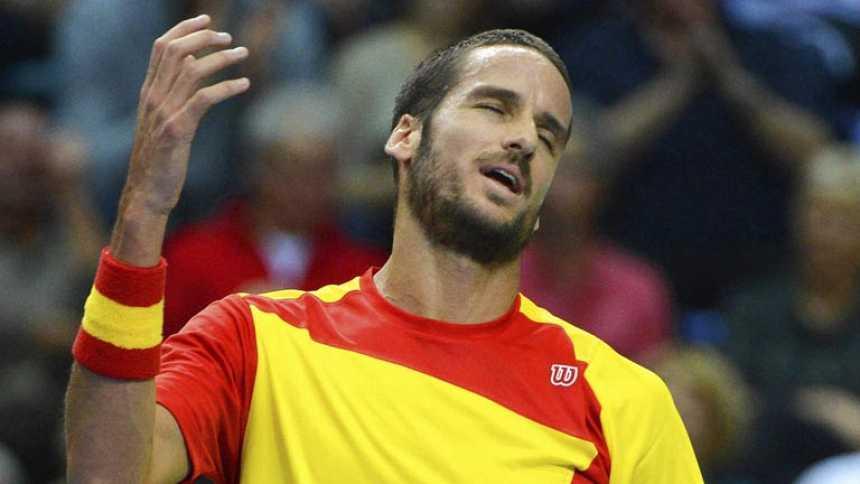 Mayer pone a Alemania a un paso de eliminar a España en la Davis (2-0)