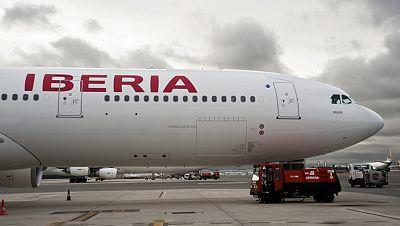 Principio de acuerdo entre Iberia y sus pilotos, que incluye congelación salarial hasta 2015