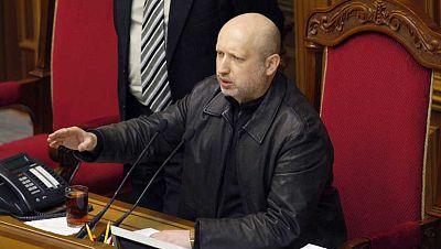 La Rada Suprema elige como presidente en funciones a Aleksander Turchínov