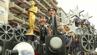 El mundo del cine ha sido protagonista en el desfile de Carnaval de Cádiz
