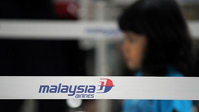 Malasia investiga un posible ataque terrorista contra el avión desaparecido
