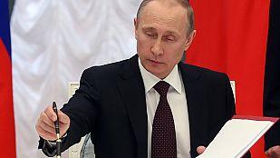 Putin firma las leyes que formalizan la incorporación de Crimea a la Federación Rusa