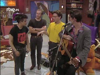 """Cachitos de hierro y cromo - The Go-Betweens: """"Love goes on!"""""""