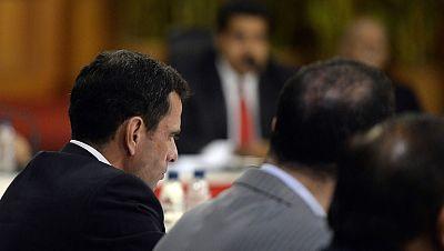 Primer diálogo cara a cara entre la oposición y el gobierno venezolano