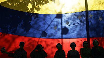 Gobierno y oposición de Venezuela se ven las caras