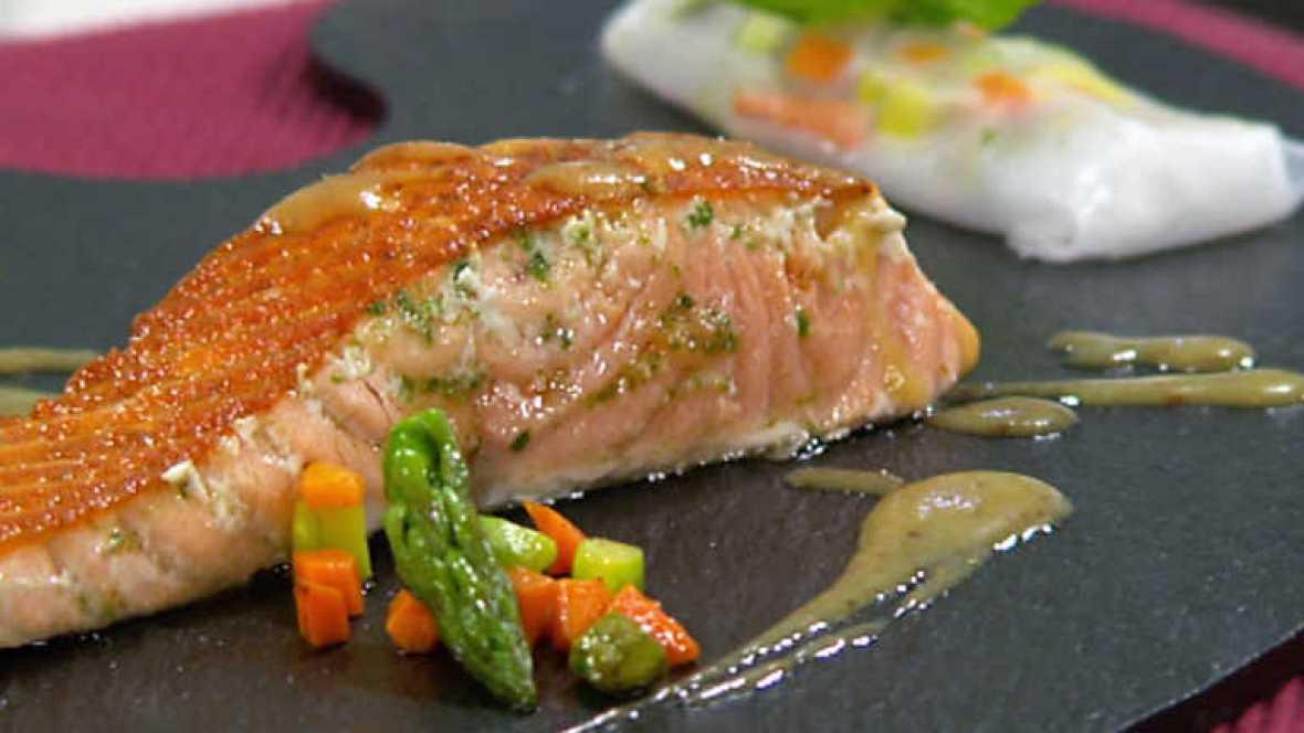 Cocina con sergio salm n a la plancha con salsa de - Cocina con plancha ...