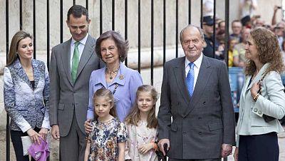 La Familia Real asiste en Palma a la tradicional misa del Domingo de Resurrección