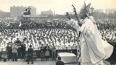 Recuerdo de los jóvenes españoles que disfrutaron de la visita de Juan Pablo II