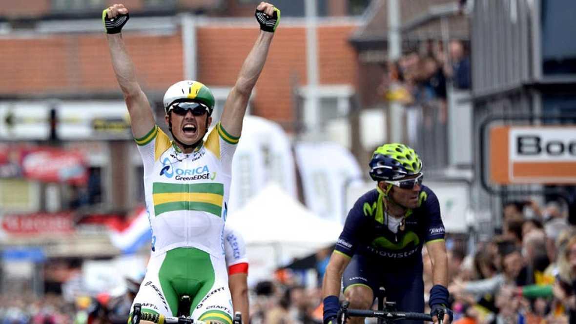 El ciclista australiano Simon Gerrans (Orica) se adjudicó la clásica belga Lieja-Bastoña-Lieja disputada hoy, con salida en Lieja con paso por Bastoña y llegada en Ans, de 263,4 kilómetros en los que invirtió 6 horas, 37 minutos y 43 segundos. La seg