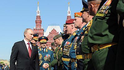 Putin visita Crimea en el aniversario de la victoria sobre los nazis