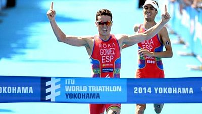 Los españoles Javier Gómez Noya y Mario Mola se disputaron al esprín la victoria en el triatlón de Yokohama (Japón), con victoria para el primero que se mantiene intratable al haber ganado las tres pruebas de las series mundiales 2014.