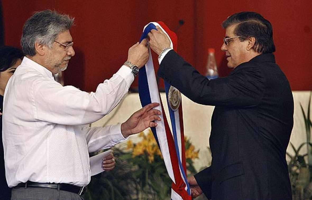 Fernando Lugo ya es presidente de Paraguay