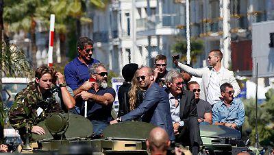 Tommy Lee Jones reina con un western en Cannes