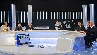 CiU y ERC defienden la consulta ante el PP y PSOE