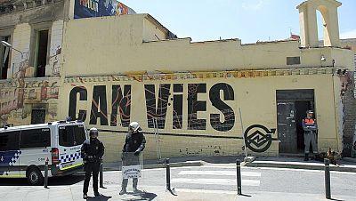 El Ayuntamiento de Barcelona paraliza, de momento, el derribo de Can Vies