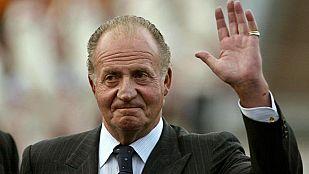 El rey don Juan Carlos abdica en su hijo el príncipe Felipe
