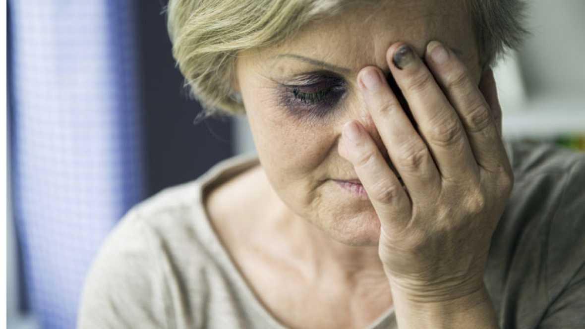 Uno de cada tres españoles es tolerante con algunos tipos de violencia de género
