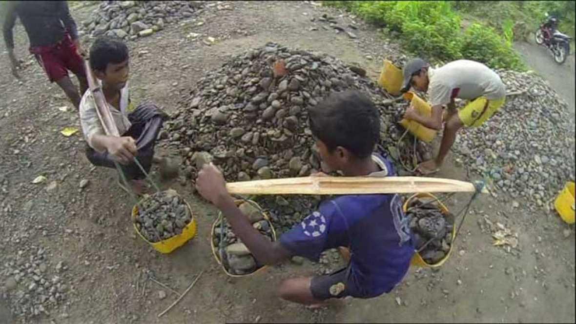 Se calcula que todavía  hay 168 millones de niños y niñas sometidos a explotación laboral