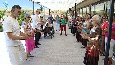87 jubilados crean una cooperativa de viviendas en Torremocha del Jarama