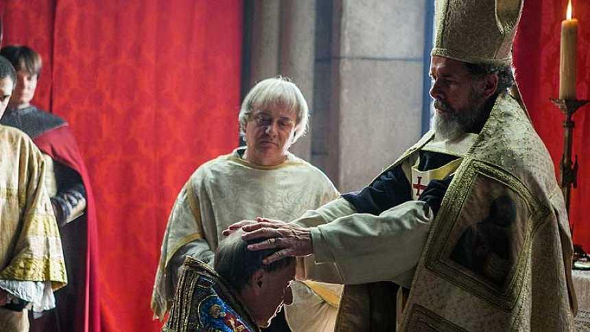 Isabel - Cisneros no quiere ser obispo