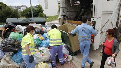 Continua la huelga de basuras en Lugo y la alerta sanitaria se está extendiendo por toda la ciudad
