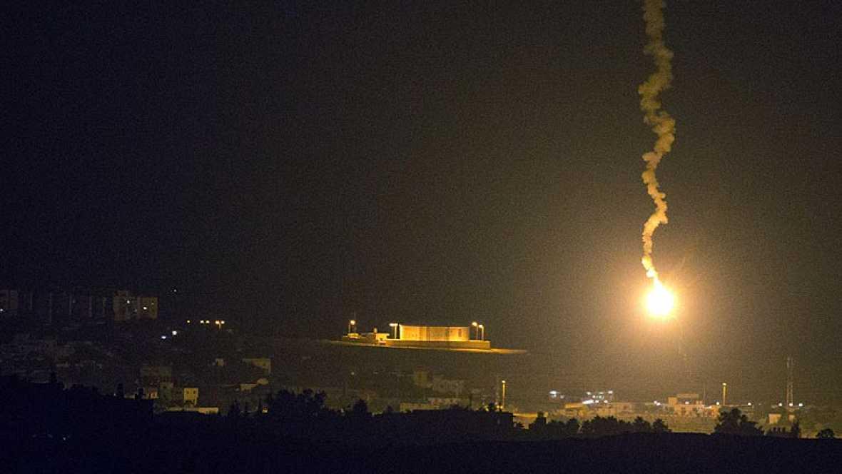 Israel lanza la ofensiva 'Borde Protector' y bombardea decenas de objetivos de Hamás en la franja de Gaza