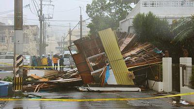 """Medio millón de evacuados en Japón por la llegada del tifón """"Neoguri"""""""