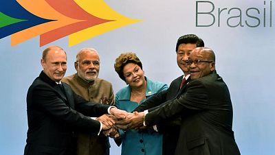 """Rousseff:  las potencias emergentes avanzan hacia una """"nueva arquitectura financiera global"""""""