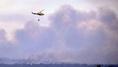 Trabajos de extinción de incendios en numerosos puntos de España