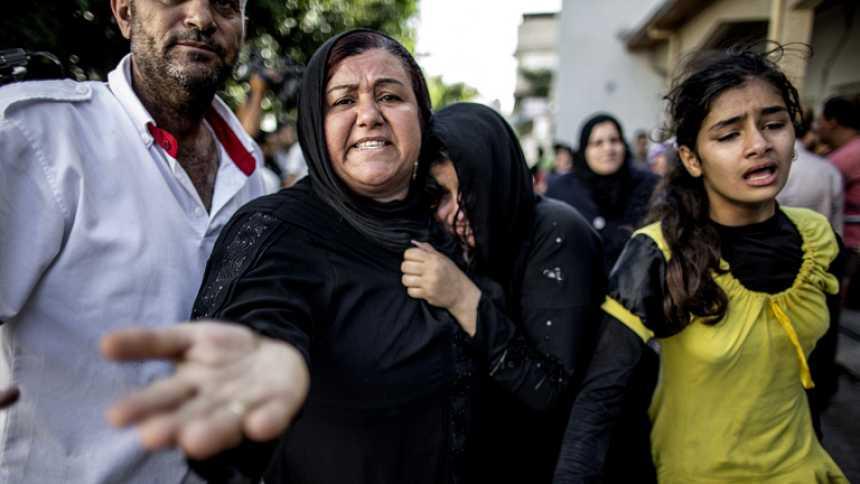 Escenas de dolor y desesperación tras el ataque sobre una escuela de la ONU en Gaza