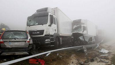 Un muerto y 30 heridos en un accidente en cadena en Lugo