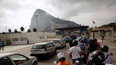 La UE cree que hay contrabando de tabaco en Gibraltar y pide a España y a Reino Unido que se investigue