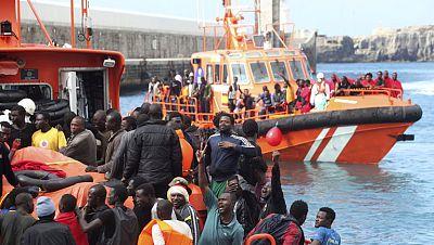 Salvamento Marítimo envía al Estrecho más barcos de los que habitualmente tiene desplegados
