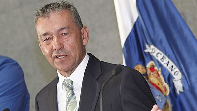El presidente canario pide la intervención de Rajoy en el tema de las prospecciones de hidrocarburos