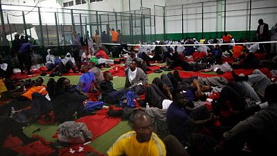 La mitad de los inmigrantes que llegaron a Tarifa se encuentran ya en centros de internamiento