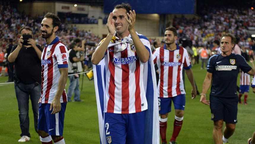Fiesta en el Calderón y vuelta de honor