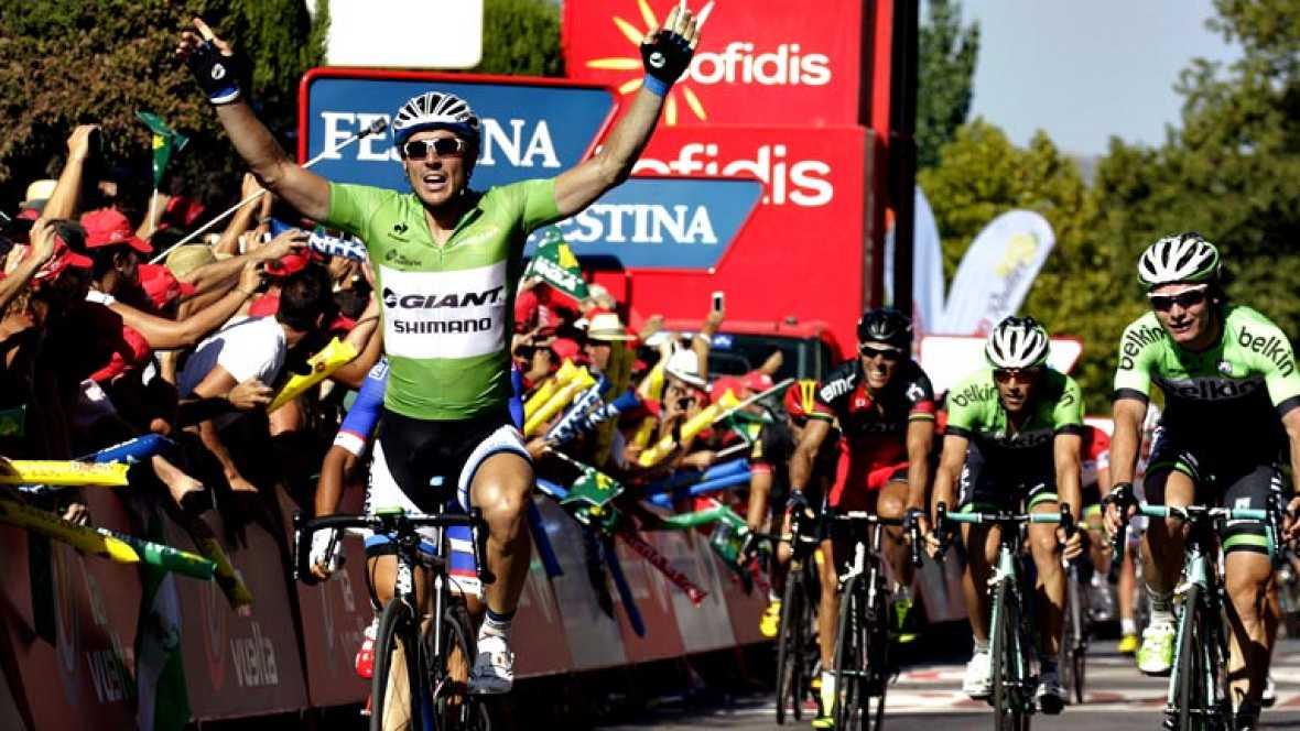 El alemán John Degenkolb, del Giant Shimano, ha sido el vencedor de la quinta etapa de la Vuelta disputada entre Priego de Córdoba y Ronda, de 180 kilómetros, en la que el australiano Michael Matthews (Orica) mantuvo el jersey rojo de líder. Degenkol
