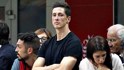 """El delantero español Fernando Torres reconoció este martes que llevar la camiseta número 9 con el Milan durante la próxima temporada es """"un honor"""" y confesó que espera """"estar a la altura"""" de los grandes jugadores que antes que él la han vestido. """"La"""