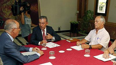 El presidente de Canarias anuncia una consulta popular sobre las prospecciones petrolíferas