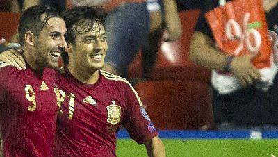 La magia de Silva hace el cuarto de España (4-1)
