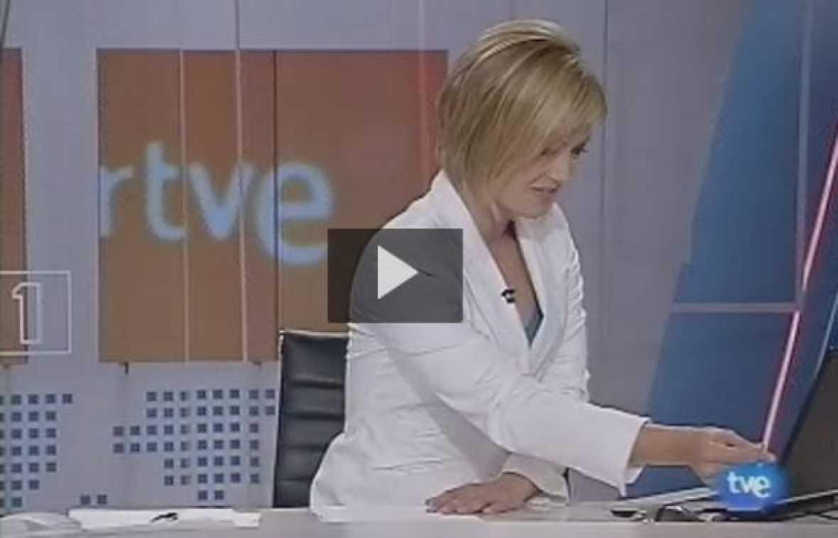 TVE ha estrenado la nueva mosca en el Telediario 2 del Fin de Semana. Con este nuevo logo, en RTVE estrenamos temporada y nueva imagen.