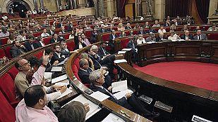 El Parlament aprueba una resolución de apoyo a la consulta soberanista del 9N