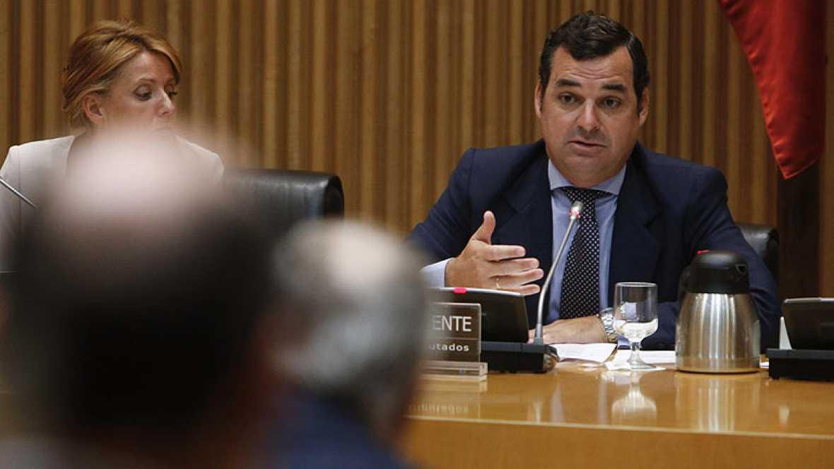La dimisión de González-Echenique lleva al Congreso el debate sobre la viabilidad de RTVE