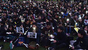 Los estudiantes dan un ultimátum al líder de Hong Kong antes de ocupar sedes oficiales