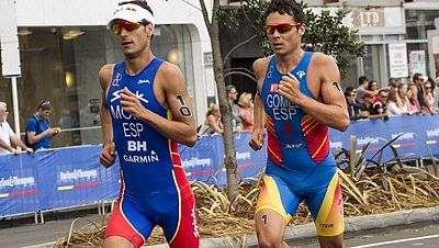 Los triatletas españoles Javier Gómez Noya y Mario Mola, campeón y subcampeón del mundo respectivamente, ponen fin a la temporada en el triatlón de Barcelona, en su primer duelo del año en suelo español.