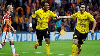 El Borussia de Dortmund firmó un implacable 0-4 en el estadio del Galatasaray y el Olympiacos de Míchel volvió a mostrarse fuerte en casa al derrotar a la Juventus por 1-0.