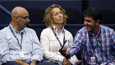 Gala León ha aclarado su reunión con los jugadores del equipo de Copa Davis, que no son partidarios de su nombramiento y de cómo se ha hecho, sin consultarles. En todo caso, Gala ha dicho que ninguno le pidió en esa reunión que dejara el cargo.